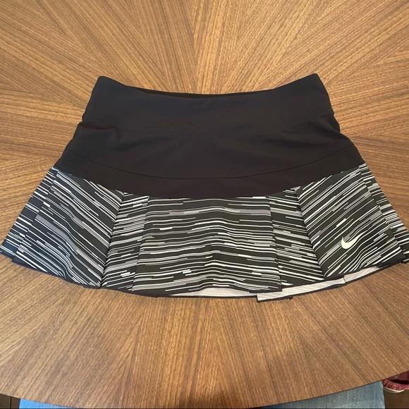 Nike Dri-Fit Black/White Running Skirt, Sz XS